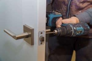 תיקון דלתות בקרית גת